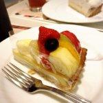 デリス タルト&カフェのフルーツタルトを初めて食べてみた~